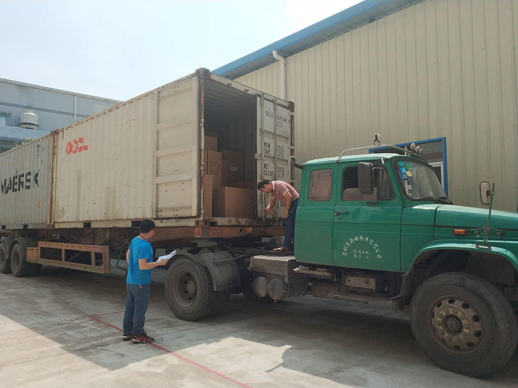 Joysway Factory Shipping Container Goods to Customer10